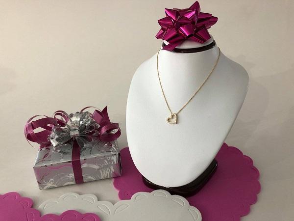 Concours Gagnez une chaine et pendentif en or 10k offert par Bijouterie Martin Blouin!