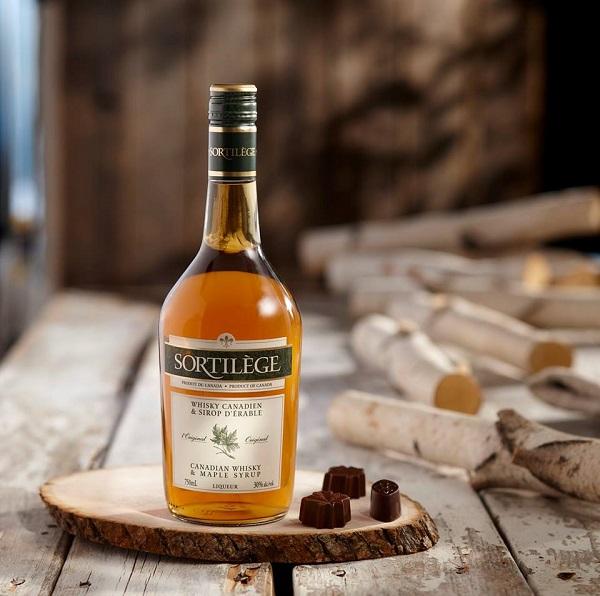Concours Gagnez une des 2 bouteilles de Sortilège Whisky l'Original!