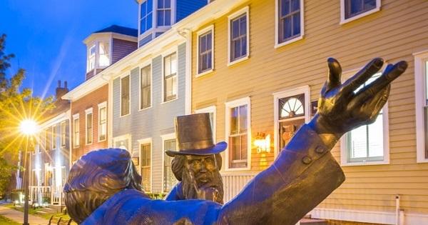 Concours Gagnez une escapade inoubliable à Charlottetown, la charmante capitale balnéaire de l'Île-du-Prince-Édouard!