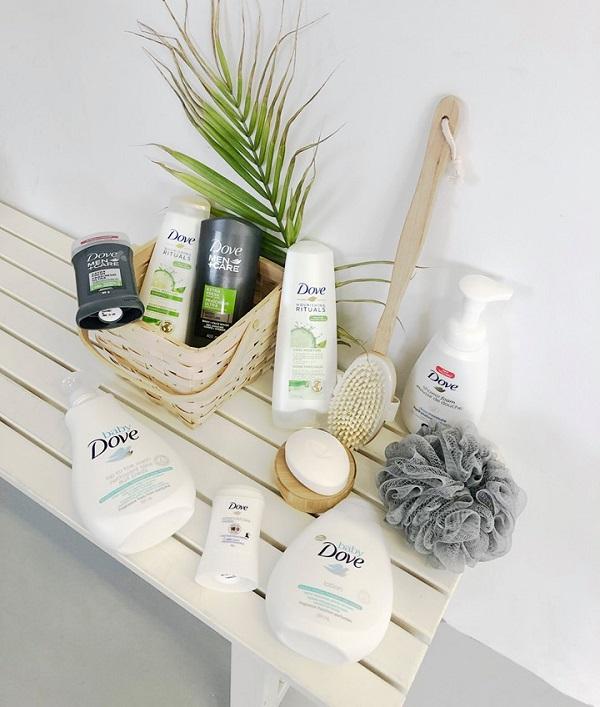 Concours Gagnez un ensemble de nettoyants et de shampoings Dove ET une carte cadeau Jean Coutu de 50 $!