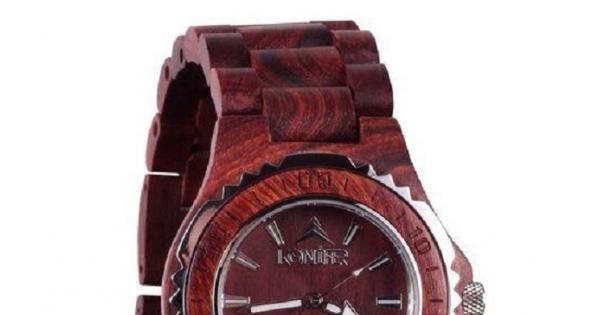 Concours Gagnez une montre Konifer Taïga Acajou d'une valeur de $160!