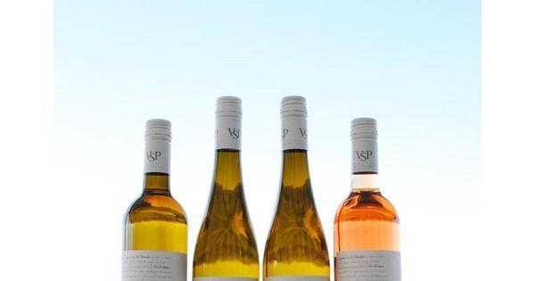 Concours Gagnez 4 bouteilles de vin offertes par Vignoble Sainte-Pétronille!